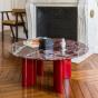 Table basse Carlotta pieds laqués rouge et marbre rouge